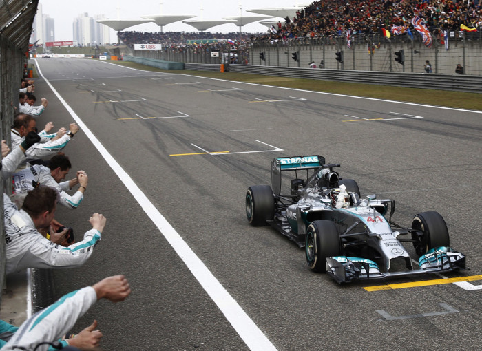mercedes-amgs-lewis-hamilton-wins-the-2014-formula-one-chinese-grand-prix_100464948_h