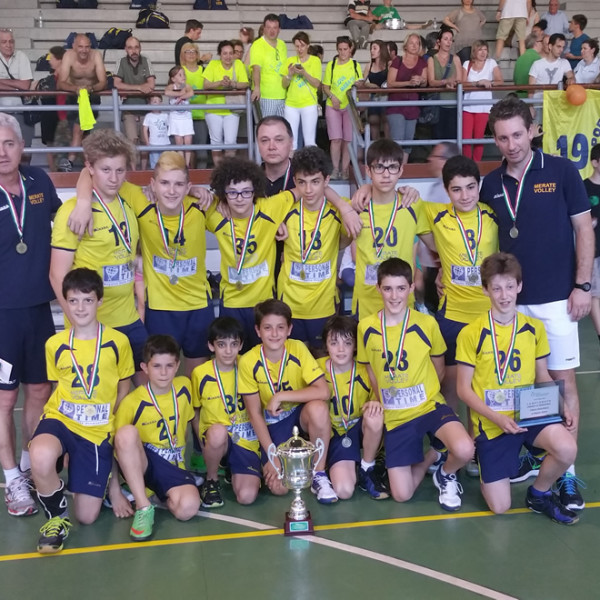 volley_under 13_prima classificata maschile